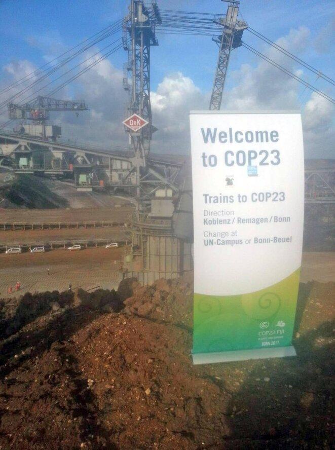 Message envoyé par les militant.e.s pour la justice climatique au monde entier : il est temps de sortir du charbon !