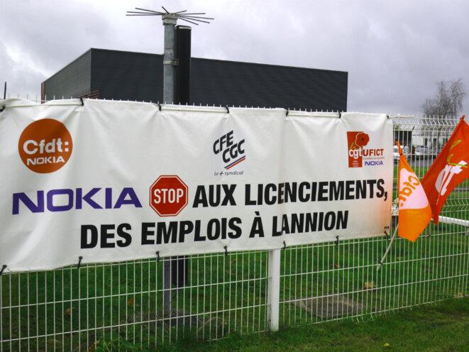 A l'entrée du site Nokia de Lannion. © D.I.