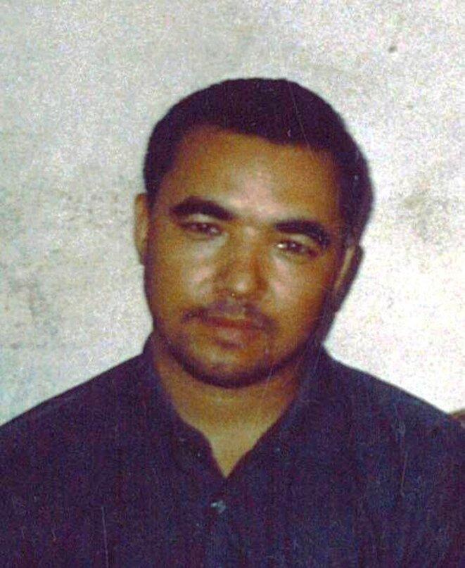 Portrait de Yasin Nurmuhemmet, prisonnier politique et auteur de la nouvelle Le Pigeon Sauvage, serait décédé en prison en 2011. © Uyghur Academy http://akademiye.org/en/?p=315