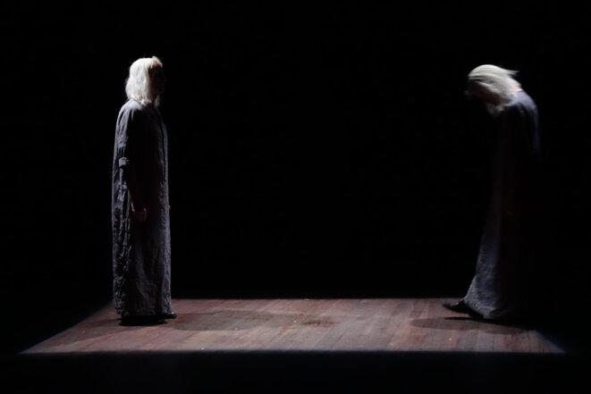 "Scène de ""Juste le temps"" © Bruno Meyssat"