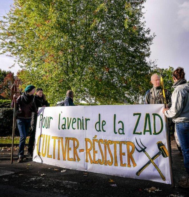 Lors de la prise de terres le 21 octobre 2017 (zad.nadir.org).