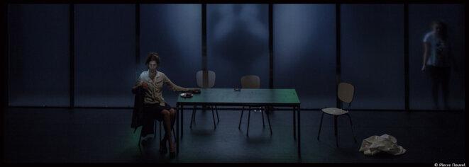 Nora Granovsky adapte avec espièglerie acerbe Love, Love, Love de Mike Bartlett © Pierre Nouvel