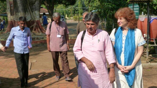 Rajagopal P.V et Jill Carr-Harris à leur arrivée à Sewagram © Benjamin Joyeux