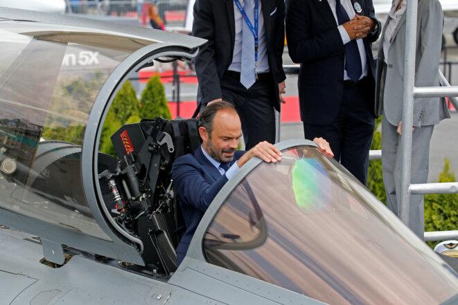 Édouard Philippe teste un Rafale au Bourget le 23 juin dernier. © Reuters