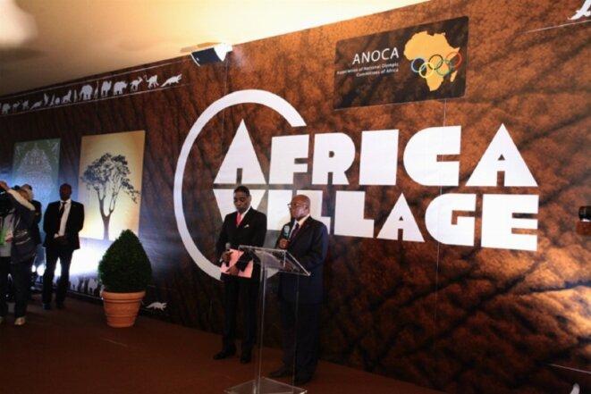 Le général Lassana Palenfo, lors de l'inauguration du « village Afrique » de Londres en 2012. © DR