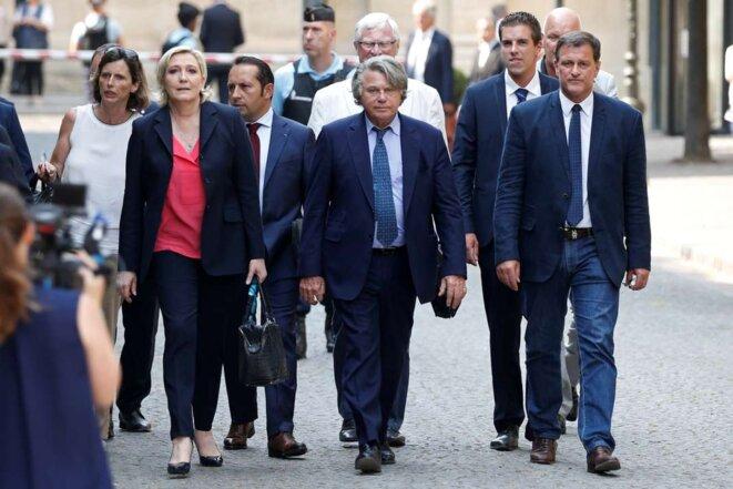 Le groupe FN à l'Assemblée. © Charles Platiau / Reuters