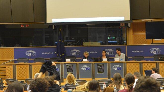 Projection-débat de 'Nothing to Hide' au Parlement européen, invité par Eva Joly et les Verts (17/10/2017)
