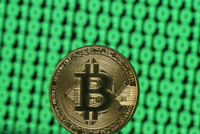 Un jeton représentant un bitcoin © Reuters