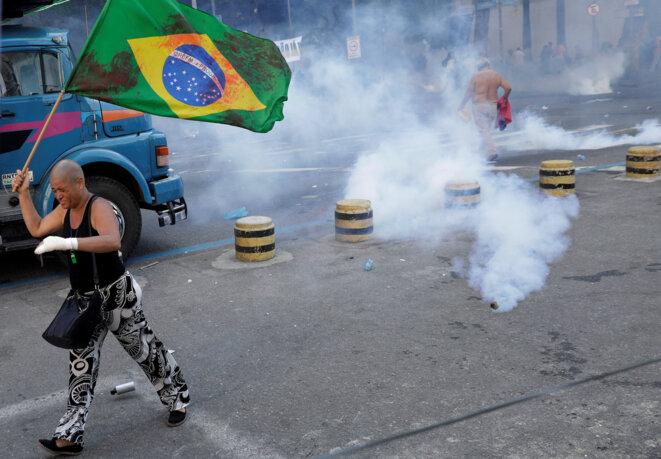 Le 17 novembre aux abords de l'Assemblée de Rio, les manifestants se sont heurtés aux forces de police. © Reuters