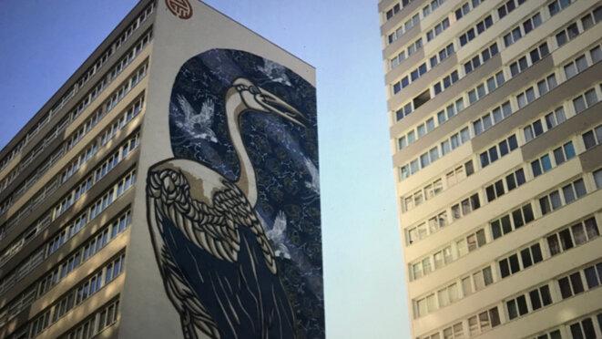 Street Art institutionnel (artiste : STEW) – Quartier chinois, Paris 13e © Philippe Petit