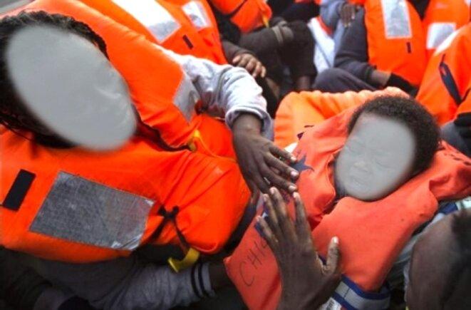 Stéphy lors de son sauvetage au large des côtes de LAMPEDUZZA en février 2017