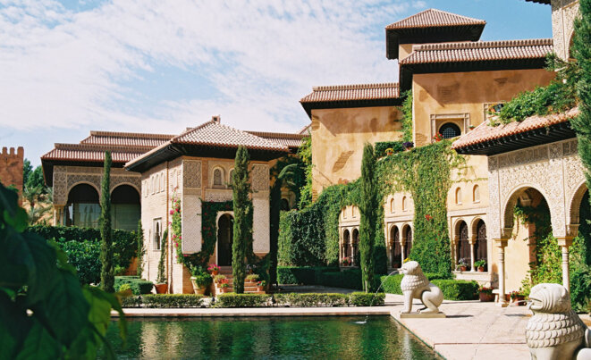 La réplique de l'Alhambra réalisée par le groupe Oger à Riyad © DR