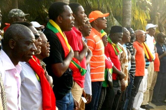 Les représentants des 14 partis politiques qui composent la coalition des partis de l'alternance