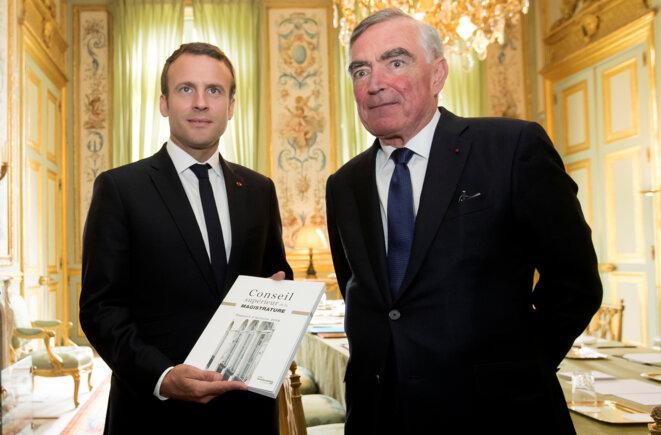 Emmanuel Macron et le procureur général Jean-Claude Marin, le 29 juin 2017, à l'Elysée. © Reuters