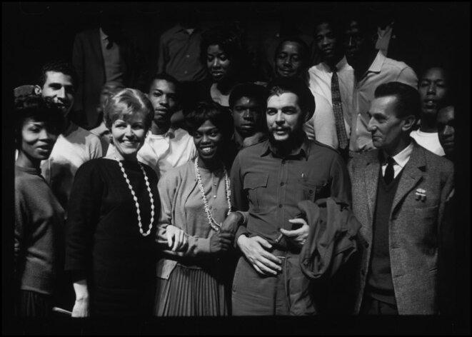 Raymond Deapardon : Ernesto Guevara au Théâtre des Nations (aujourd'hui Théâtre de la Ville), 1964