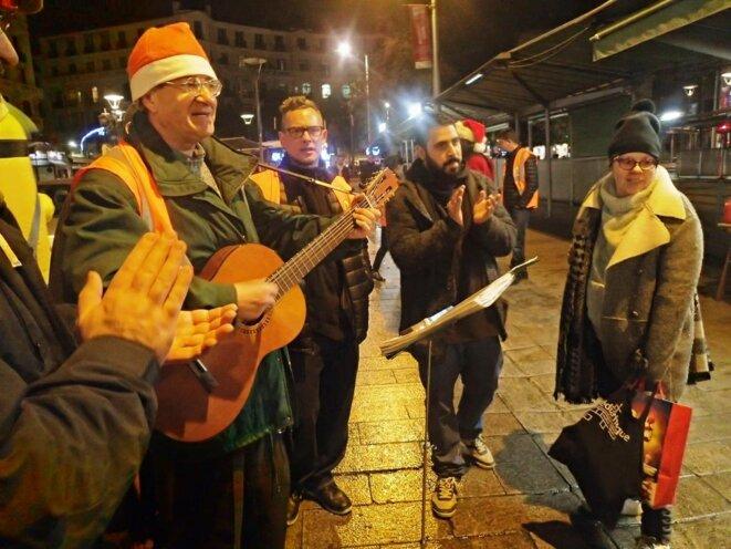 Musiciens de rue pour un soir de réveillon © Didier CODANI