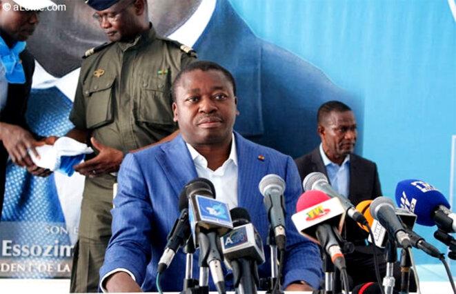 Faure Gnassingbé s'adresse aux militaires du camp de Temedja le 10 novembre 2017