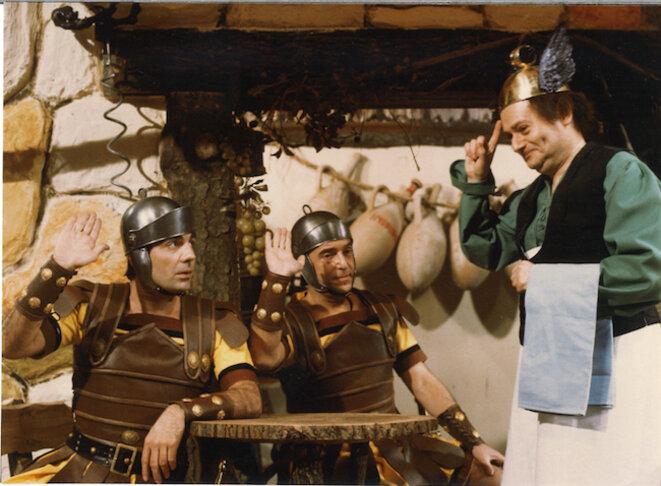 René Goscinny sur le tournage de Deux Romains en Gaule, 1967. Crédit : © G. Galmiche / DR