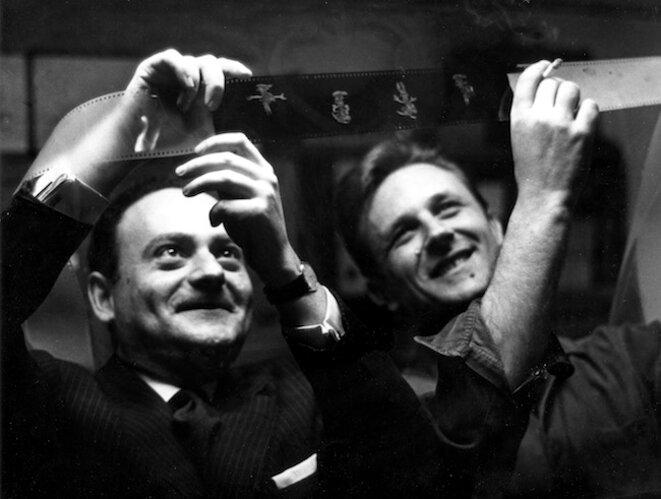 Goscinny et Uderzo dans les Studios Idéfix en 1967. Crédit : Fonds d'archives Institut René Goscinny © Droits réservés