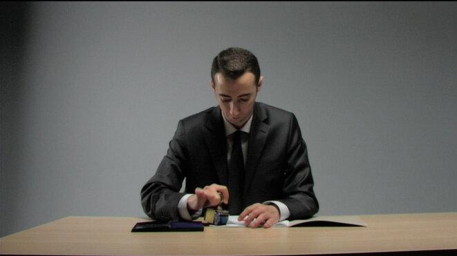 """Ali Kazma, """"Clerk"""", vidéo, 2011 © Ali Kazma"""