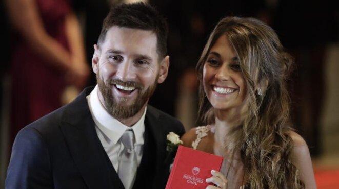 Lionel Messi et Antonella Roccuzzo lors de leur mariage à Rosario, en Argentine. © Reuters