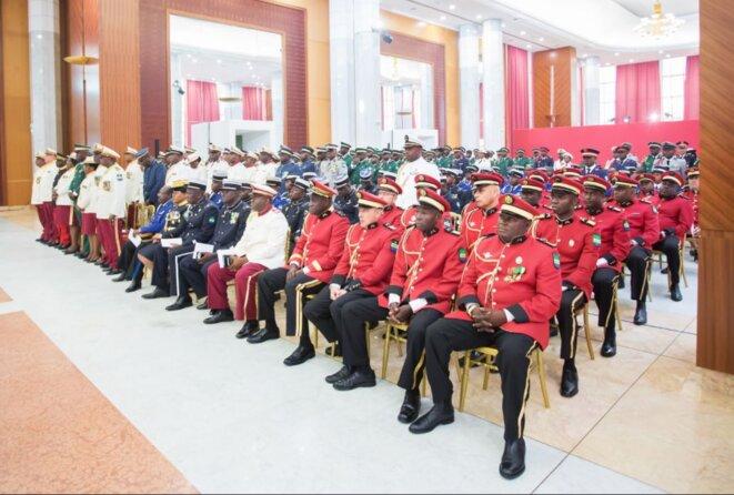 Grand-plan-Gabon-Nouvel-An-Vœux-2018-des-Forces-de-défense-et-de-sécurité