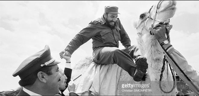 Fidel Castro en visite officielle en Algérie © Christian Simonpiétri - Getty Images