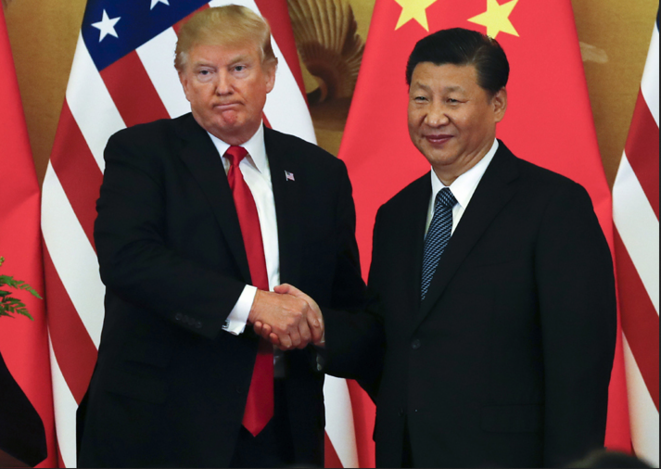 Donald Trump et Xi Jinping lors de son voyage à Pékin en octobre 2017 © DR