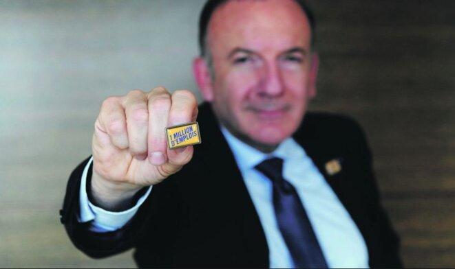 """Pierre Gattaz, président du Medef, promet """"un million emplois"""" en 2013 si les baisses de cotisations se poursuivent ! © DR"""