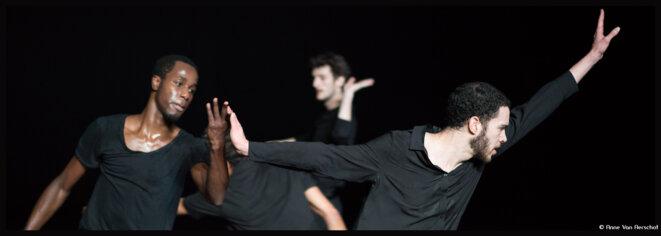 A l'espace Cardin -Théâtre de la Ville, Anne Teresa De Keersmaeker et Salva Sanchis rendent un hommage vibrant à l'œuvre jazz de Coltrane A love Supreme © Anne Van Aerschot