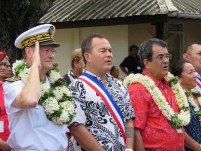 Le Haut-commissaire René Bidal, le président du Pays, Edouard Fritch, et Félix Barsinas au centre, président de la Codim. Crédit photo : Haut-commissariat de la République en Polynésie française