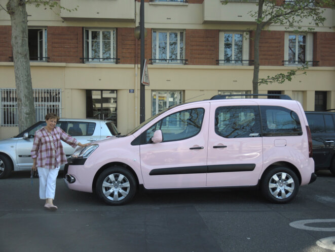 Taxi rose de Monique © Gilles Walusinski