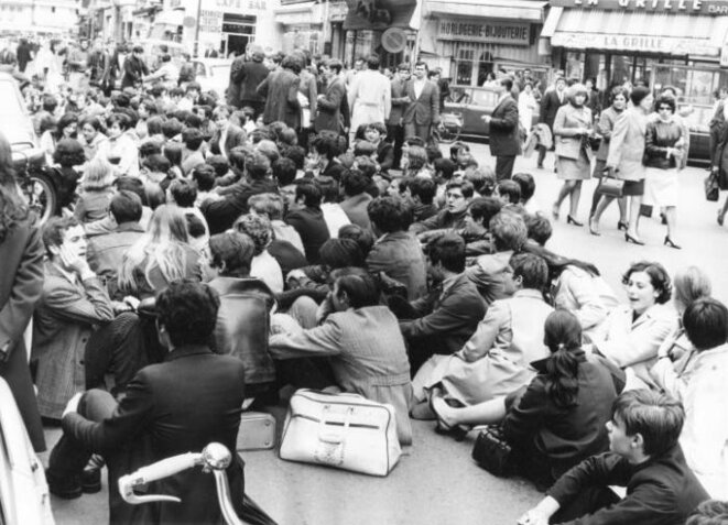 sit-in-paris-10-mai-rue-de-renne-1