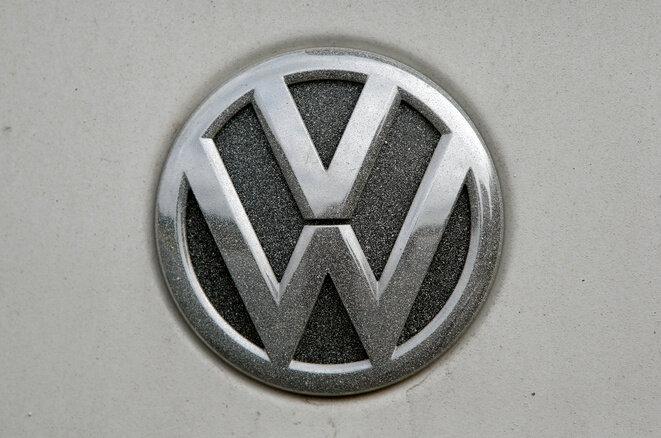 Un logo de Volkswagen en octubre de 2016. © REUTERS / Michaela Rehle