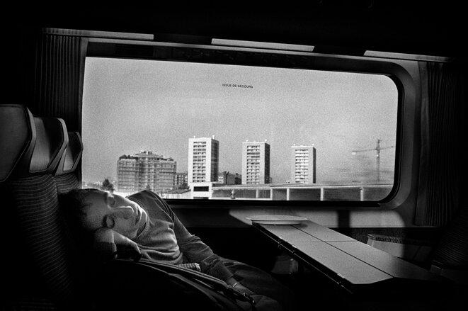 Vivre je voudrais endormi dans la douce rumeur de la vie © Francesco Gattoni