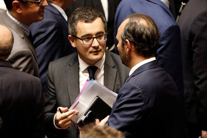 Gérald Darmanin y Édouard Philippe, el 24 de octubre de 2017, en la Asamblea Nacional. © Reuters
