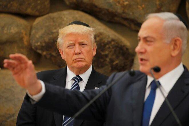 Donald Trump avec Benjamin Netanyahou à Jérusalem, en mai 2017. © Reuters