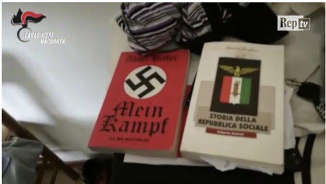 """Capture d'écran d'une vidéo tournée chez la mère du tireur et diffusée par """"La Repubblica"""""""