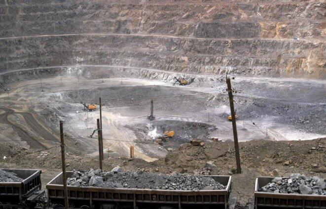 mines a ciel ouvert en chine