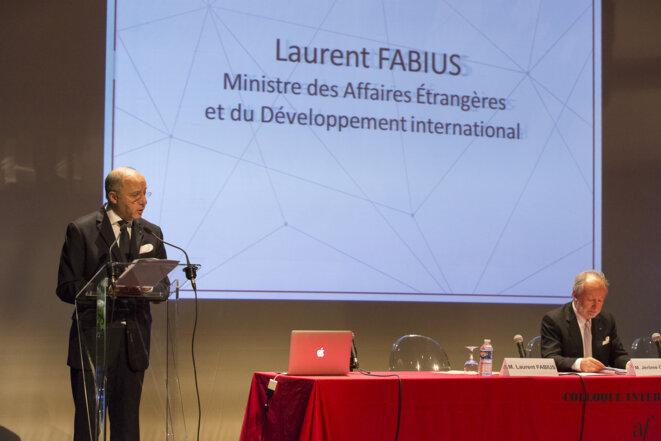 Le ministre Laurent Fabius lors d'un colloque de la fondation en 2015. © Fondation Alliance Française