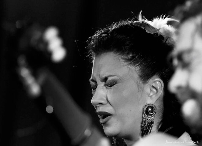 Fabiola Perez La Fabi, accompagnée par Antonio Moya © Jean-Louis Duzert