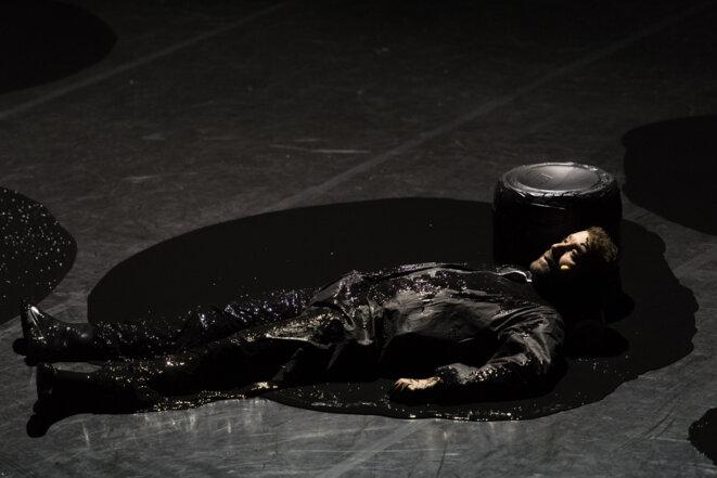 """Scène de """"Le sale discours"""" © Alain Monot"""