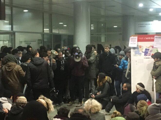 Rassemblement du 8 février à l'université de Saint Denis.