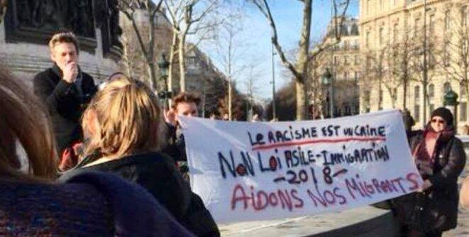 Rassemblement pour les migrants à l'initiative de Thierry Paul Valette, président de l'Égalité Nationale © Thierry Paul Valette - Égalité Nationale.