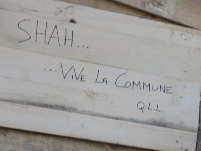 vive la commune © VL