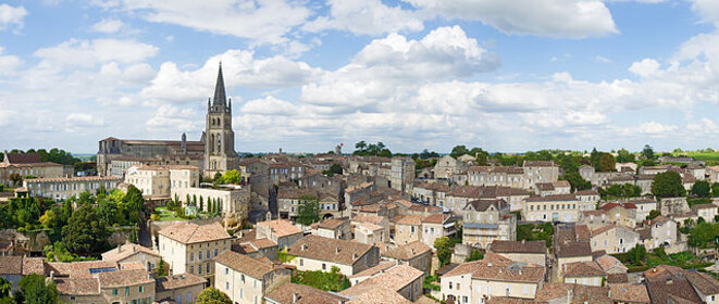 Saint-Émilion, vue depuis la « tour du Roi » © Par Didier Descouens — Travail personnel, CC BY-SA 4.0, https://commons.wikimedia.org/w/index.php?curid=21422120
