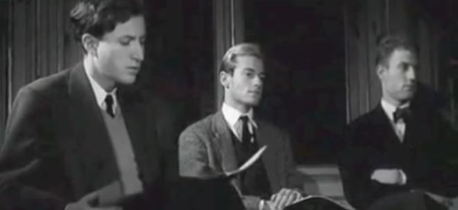 1961 : tandis qu'Alfred Cortot ensigne Schumann à Lise Bascourret, on aperçoit lors d'un plan de coupe, Thierry de Brunhoff, 27ans, entre Pierre Froment et Eric Heidsieck.