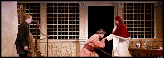 Au théâtre 14, Jean-Paul Bordes donne vie à Michel-Ange et les Fesses du bon dieu, une pièce de Jean-Philippe Noel © Photo LOT