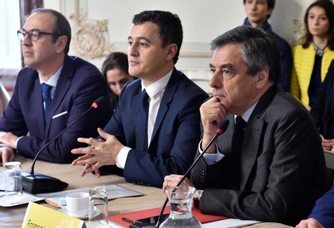 G. Darmanin et F. Fillon lors d'une réunion publique à Tourcoing, pendant la campagne présidentielle, le 17 février 2017. © Reuters