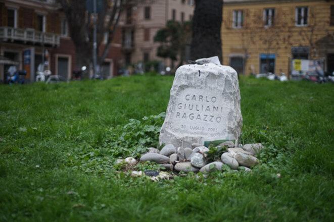 Sur Piazza Alimonda, la mémoire de l'assassinat de Carlo Giuliani © AP